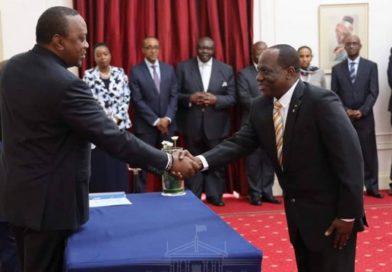 L'ambassadeur Toba chez Uhuru Kenyatta